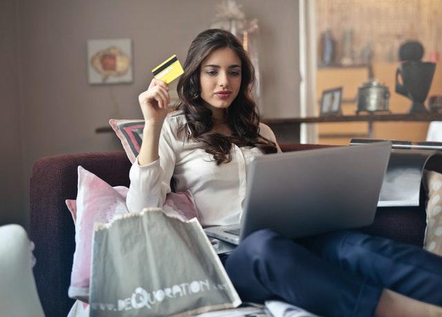 Големите предимства на онлайн пазаруването